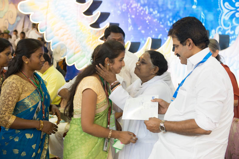 Amma Honours Our Health Workers
